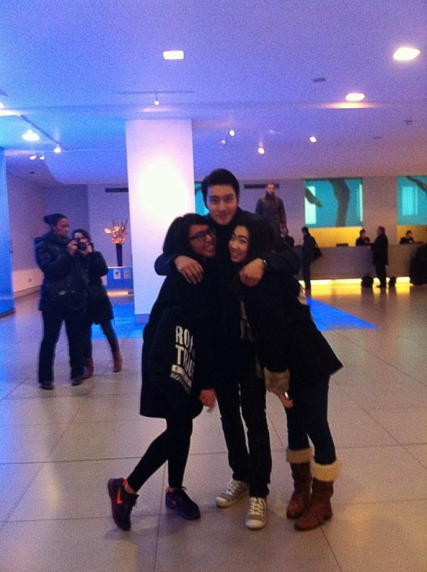 Siwon with his fans