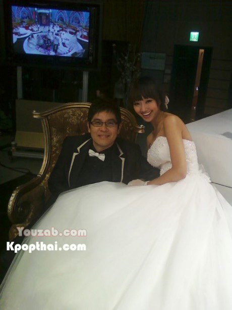 hyorin wedding dress