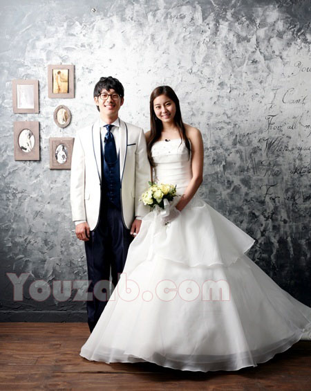 UEE in Wedding dress