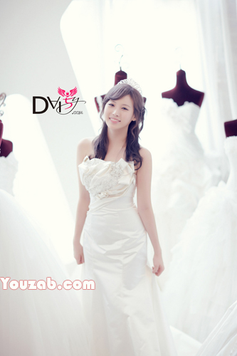 Yura- Girls Day Wedding dress