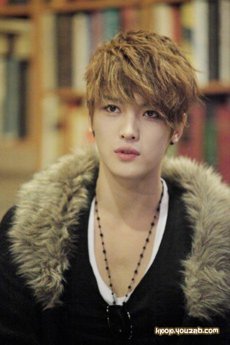 แจจุงจากJYJได้แสดงความคิดเห็นเป็นครั้งแรกในเรื่องราวความขัดแย้งกับซาเซ็งแฟน(Sasaeng fan)
