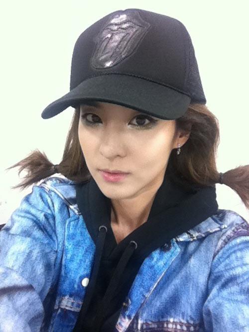 ซานดารา 2NE1โชว์สกิลกีต้าร์ขั้นเมพ!!