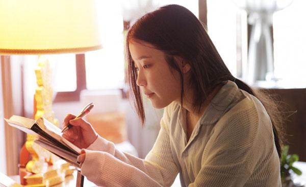 ไอยู (IU) พูดคุยกับแฟนๆเป็นครั้งแรกนับตั้งแต่เกิดเหตุการณ์รูปภาพ