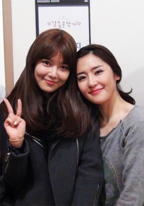 ซูยอง SNSD โชว์การสนับสนุนละครเพลงของพี่สาวของเธอ ชเวซูจิน