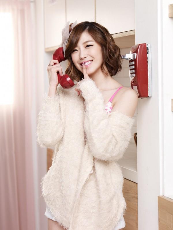 ฮโยซองจาก SECRET ได้รับเลือกให้เป็นพรีเซนเตอร์สำหรับแบรนด์ชุดชั้นใน 'Yes'