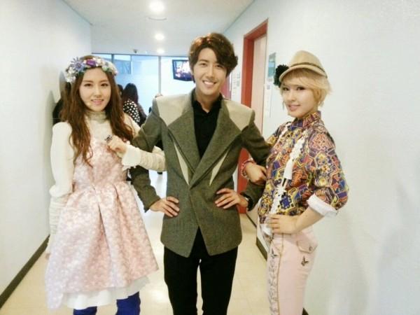 2YOON ขอบคุณกวางฮีที่มาเต้นกับพวกเธอในรายการ 'Inkigayo'