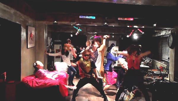 สุดฮา!!เมื่อโจควอน, แอมเบอร์, มินและคนอื่นๆโชว์ Harlem Shake K-Pop Style!!