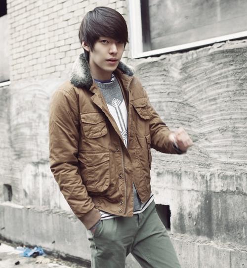 นักแสดงคิมอูบินจะรับบทเป็นลูกชายของจางดองกันในภาพยนตร์เรื่อง 'Friend 2′