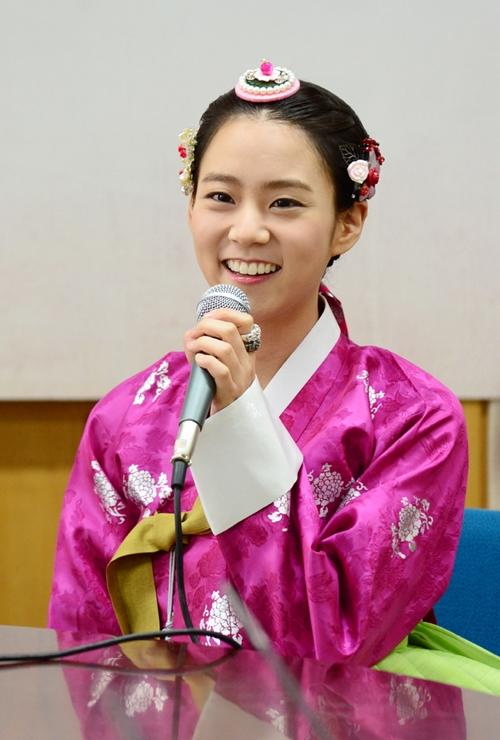 ซึงยอน KARA เผยว่าเธอนอนไม่หลับเพราะวิตกที่ได้แสดงละครเรื่อง Jang Ok Jung, Living in Love