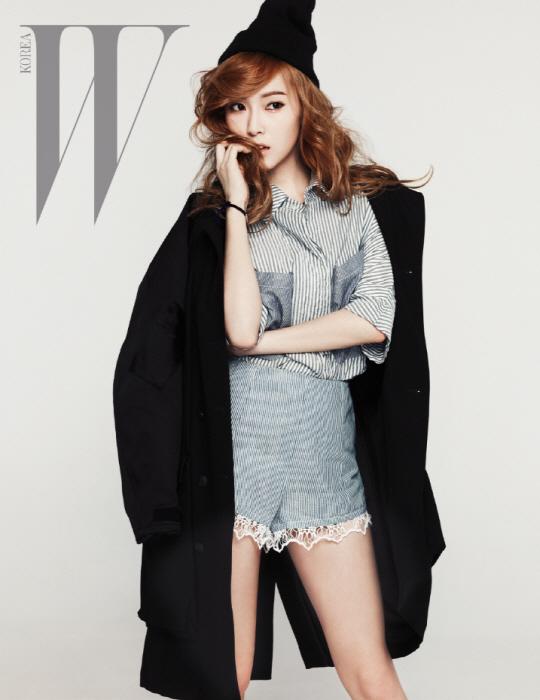 เจสสิก้า Girls Generation โชว์หน้าท้องสุดเซ็กซี่ในนิตยสาร 'W Korea'