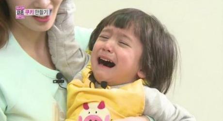 ซอนฮวาปวดหัวหนักเมื่อต้องรับมือกับแก๊งพี่น้องมุนเพียงลำพังในรายการ 'We Got Married'