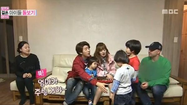 Sunhwa-Kwanghee-Moon Brothers-Parents