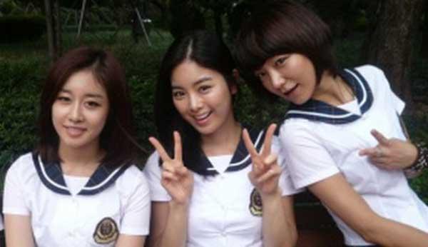 20130408_jiyeonjiwoosoyul_uniform-1