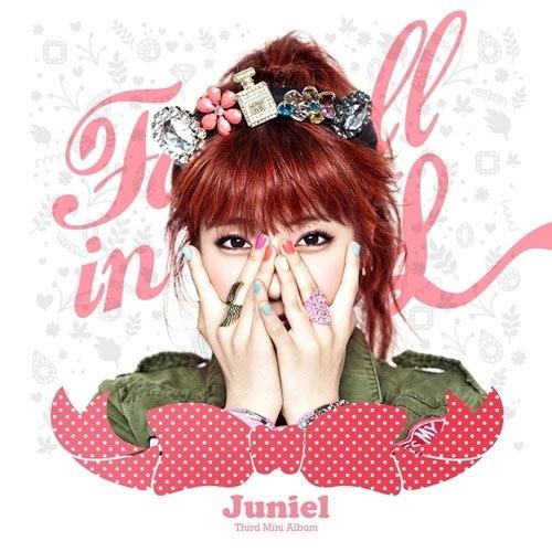 จูเนียล (Juniel) กลายเป็นสาวผมแดงสำหรับการคัมแบ็คในอัลบั้มใหม่