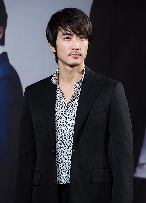 Aong Seung Hun