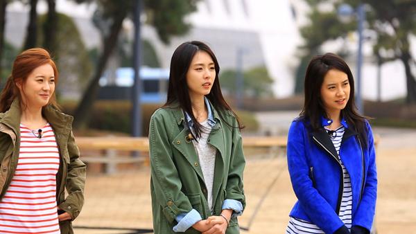 Go Ara-Lee Yeon Hee-Song Jihyo