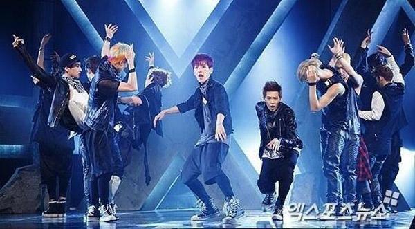 ว้าว!!อัลบั้ม XOXO ของ EXO มียอดสั่งซื้อสูงถึง 300,000 ก๊อปปี้เลยทีเดียว