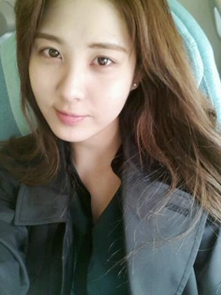 ซอฮยอน SNSD โชว์ใบหน้าไร้เครื่องสำอางค์ผ่านภาพ Selca ของเธอ