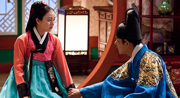 Kim-Tae-Hee-Jang Ok Jung-2