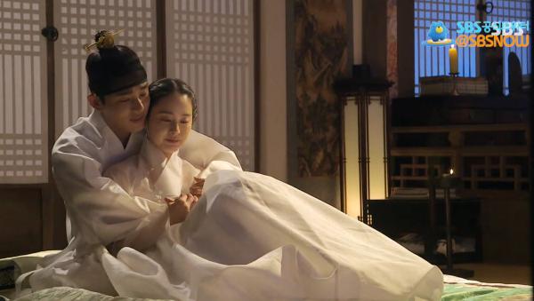 Yoo Ah In-Kim Tae Hee-Jang Ok Jung-4