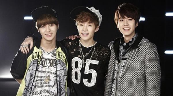 "[Live HD]เฮนรี่ขึ้นโชว์เพลง ""Trap"" feat. แทมิน +  คยูฮยอนบนเวที Music Bank"