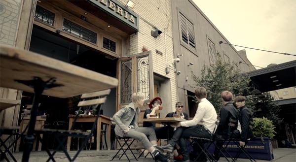 "B.A.P กลับมาอีกครั้งด้วย MV เพลง ""Coffee Shop"""