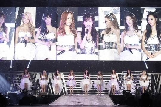 Girls-Generation_1370879253_20130610_snsd_worldtour2
