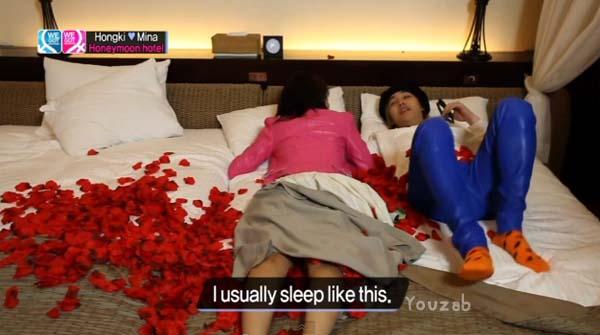 Hongki-Mina-Bed Scene-3