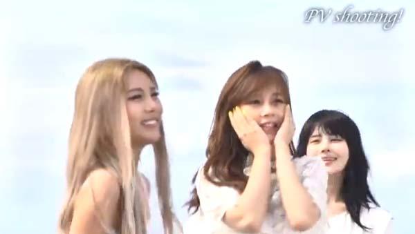 "QBS ซับยูนิตจาก T-ara ปล่อยวิดีโอเบื้องหลังของ PV เพลง ""Like A Wind"""