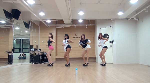 SISTAR-Give It To Me-Dance Practice-2