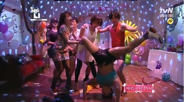 SNK Korea-Jaebum-b boy dance-1