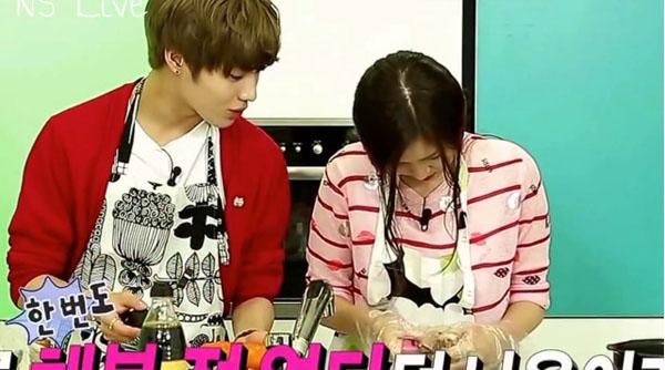 Taemin-Naeun-Cooking