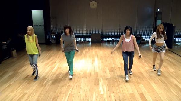2ne1-falling in love-dance-2