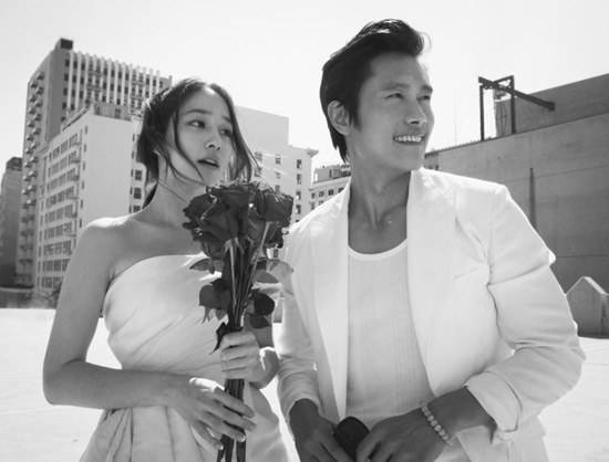 อีบยองฮุนและอีมินจองเผยภาพแต่งงานของพวกเขาออกมาแล้ว