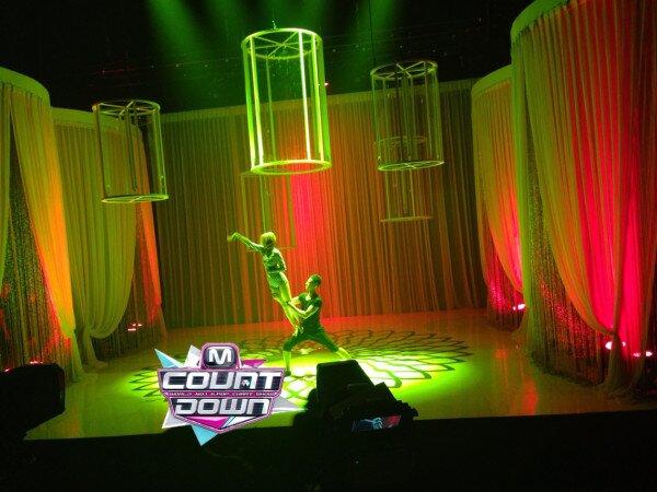 "[Live]ซอนมีเดบิวต์เดี่ยวครั้งแรกบนเวที M!Countdown ในเพลง ""24 Hour"""