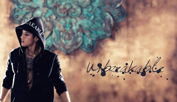"[Live]คิมฮยอนจุงขึ้นโชว์เพลง ""Unbreakable"" บนเวที M!Countdown"