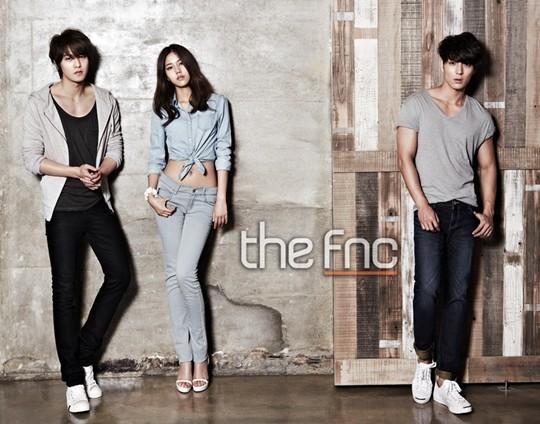 จงฮยอน CNBLUE ,จงฮุน FT Island และฮเยจอง AOA โชว์หุ่นสุดเฟิร์มในนิตยสาร the FNC