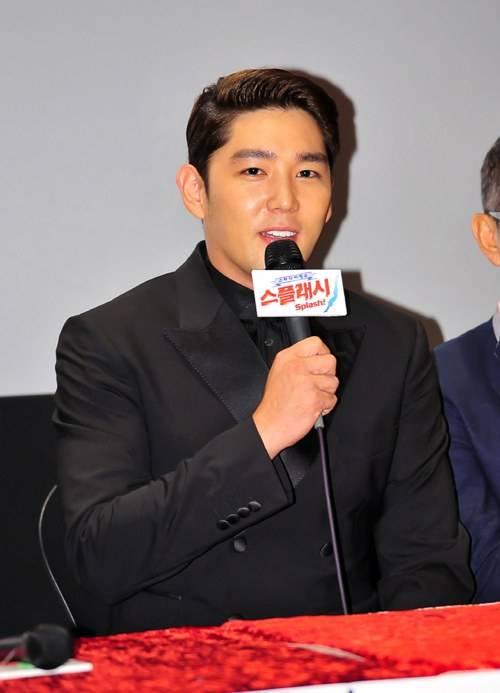 คังอิน Super Junior เผยว่าเขาน้ำหนักลดลงไป 15 กิโลภายในเดือนเดียว!!