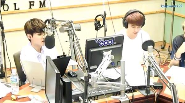 เรียวอุค SJ ตอบกลับความเห็นแย่ๆเมื่อเขาร้องเพลงคู่กับ ดีโอ EXO ในรายการ Kiss The Radio