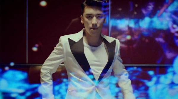 """ซึงรีปล่อย MV เพลง """"Gotta Talk to U"""" จากมินิอัลบั้มใหม่ของเขา """"Let's Talk About Love"""""""