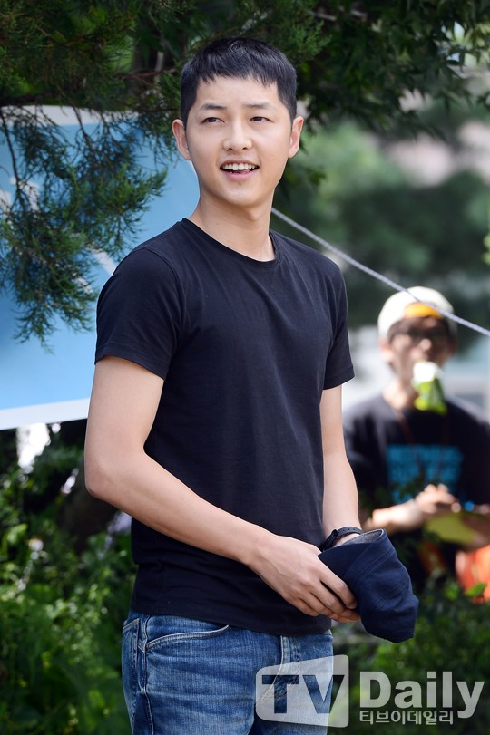 song-joong-ki-_1377579550_20130827_songjoongki2