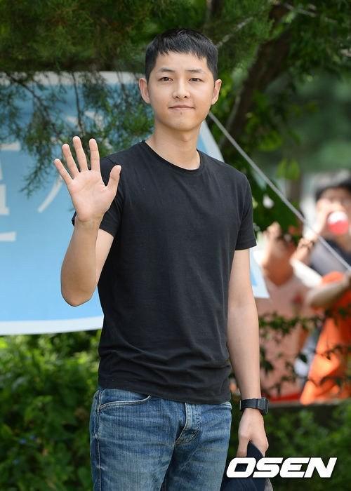 song-joong-ki-_1377579707_20130827_songjoongki3
