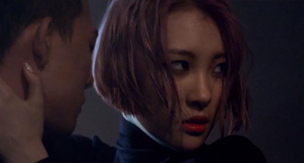"""ซอนมีปล่อยวิดีโอทีเซอร์ตัวที่สองสำหรับ """"24 Hour"""" และเผยว่า Wonder Girls มีส่วมร่วมในการเดบิวต์ครั้งนี้ด้วย"""