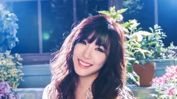 Ceci เผยวิดีโอเบื้องหลังสำหรับการถ่ายแฟชั่นของสาวทิฟฟานี่ Girls Generation