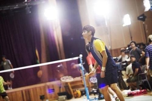 """ชางมิน TVXQ ได้รับบาดเจ็บเล็กน้อยขณะถ่ายทำ """"Our Neighborhood Arts and Physical Education"""""""