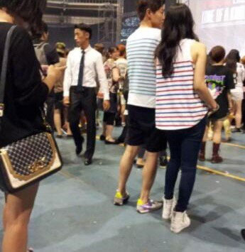 ฮันกาอินและยอนจองฮุนถูกพบขณะไปชมคอนเสิร์ตของ G-Dragon!!