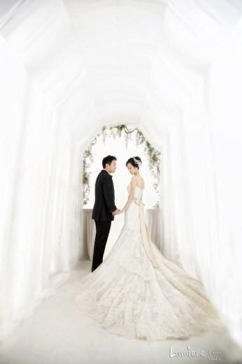 Huh Gak-Wedding