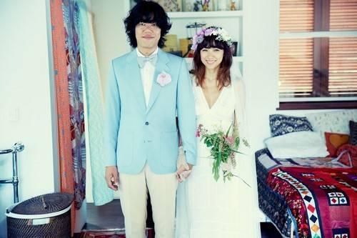 อีฮโยริและอีซังซุนเผยภาพแต่งงานของพวกเขาเป็นครั้งแรก!!