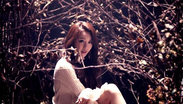 """จีอึน SECRET ปล่อย MV สำหรับการคัมแบ็คเดี่ยวของเธอด้วยเพลง """"Hope Torture"""""""