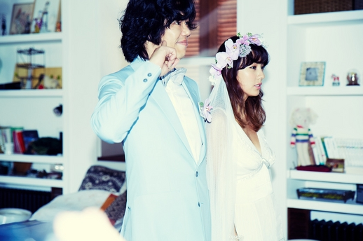 lee-sang-soon_1378200910_20130903_leehyori_leesangsoon_weddingphoto4